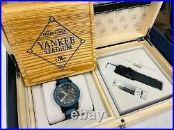 Original Grain Yankees Stadium Limited Edition 42mm Watch Black with Blue Wood